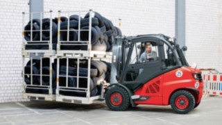 ic_truck-moving-manufacturing-3893_3084