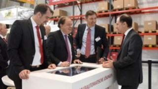 Der deutsche Hersteller und Lösungsanbieter Linde Material Handling und der französische Robotik-Spezialist Balyo verlängern ihre erfolgreiche Zusammenarbeit. Dafür wurde ein Vertrag mit einer Gesamtlaufzeit von zehn Jahren abgeschlossen.