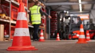 Fahrtraining bei der Zusatzausbildung für Staplerfahrer