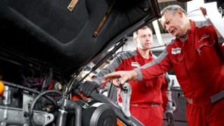 Abgasprüfung an einem Dieselstapler